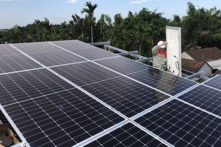 lắp điện mặt trời