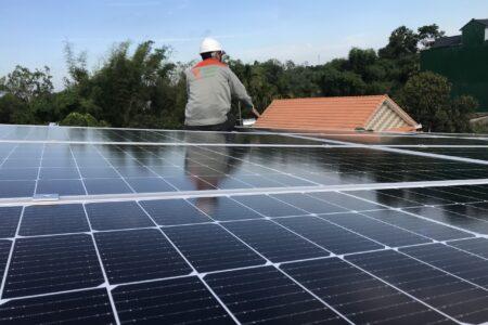 pin năng lượng mặt trời canadian